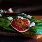 Chléb s fíky a gorgonzolou